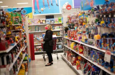 U.S. Shoppers Spent Less Than Last Year